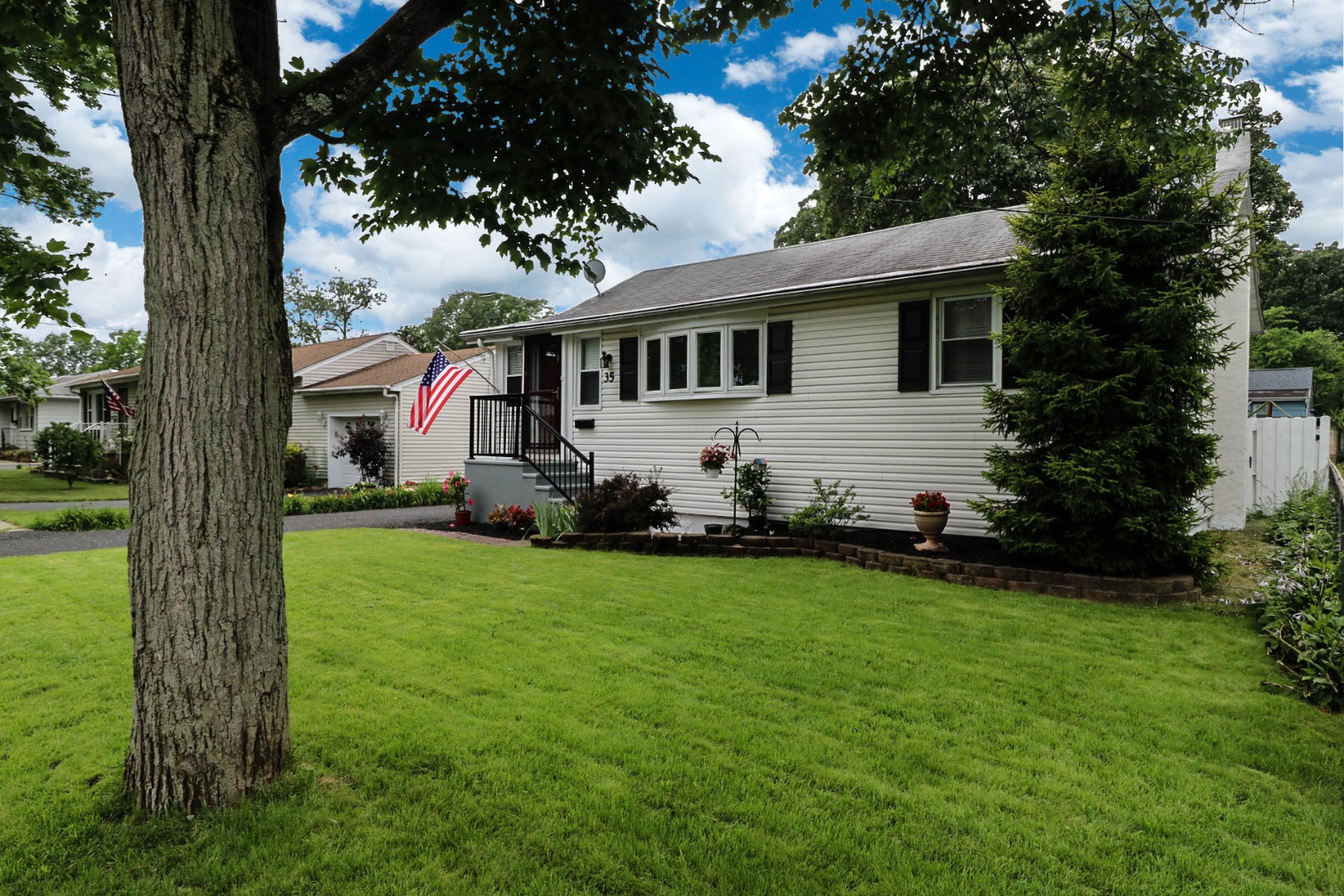 35 Woodland Rd Spotswood, NJ