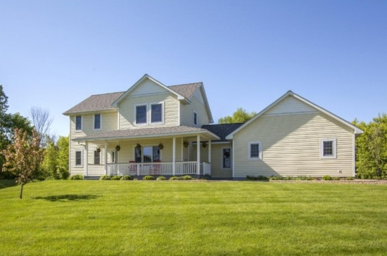 423 172nd Ave Somerset, WI