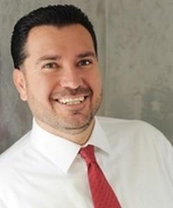 Daniel W Martinez
