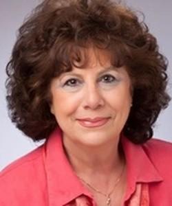 Lynn Creighton (Freeland)